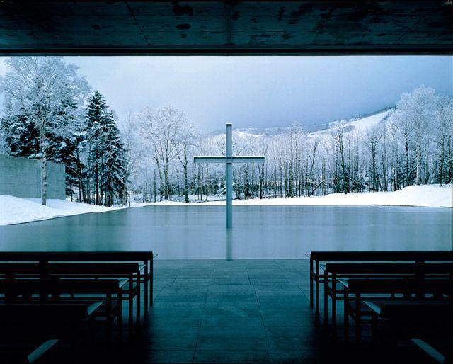 Tadao Ando, Iglesia sobre el agua, vista desde el interior. (1985-1988).