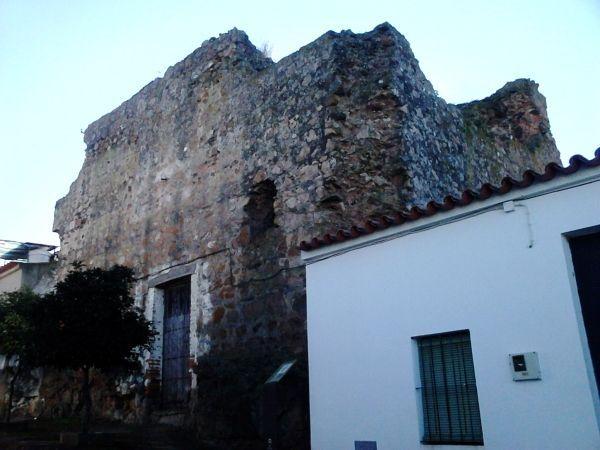 Torre del homenaje, Castillo de Encinasola, Huelva.