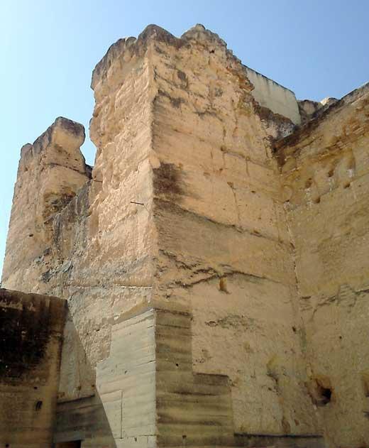 Castillo de Moguer, detalle de la torre norte