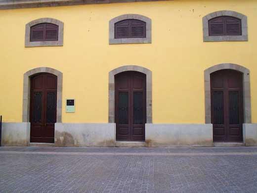 Antiguas puertas de entrada al mercado municipal.