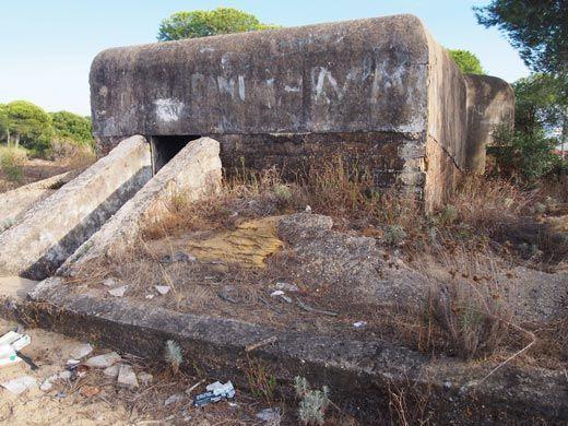 acceso bunker mazagón